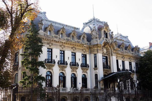 palatul-cantacuzino-muzeul-national-george-enescu
