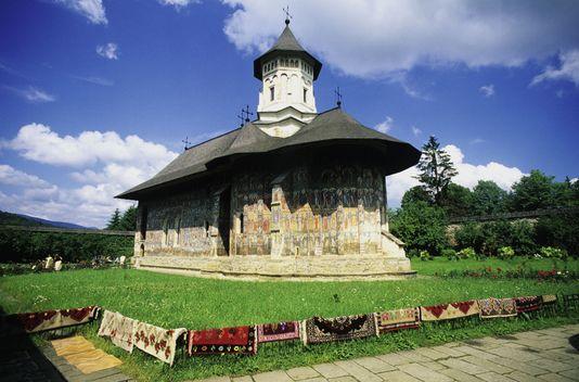 l-eglise-du-monastere-moldovita