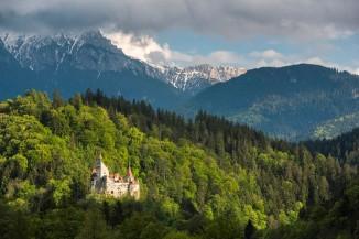 Bran Castle (Draculas Castle) with Carpathian Mountains behind, Transylvania, Romania